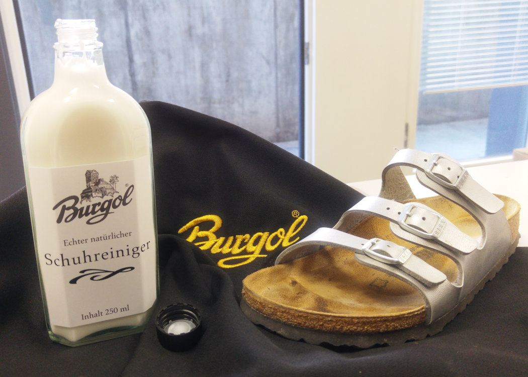 Eliminate the smell of sweat with the Burgol Shoe Cleaner